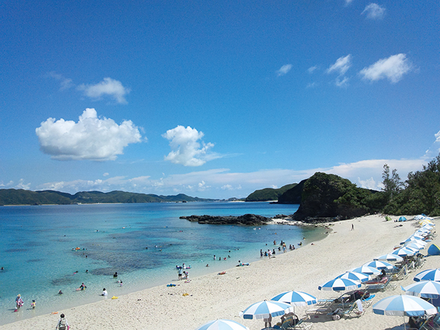 古座間味ビーチ(座間味島)